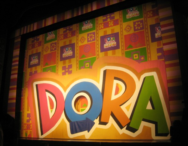Nickelodeon S Dora The Explorer Live Review Search For
