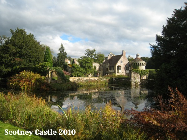 National Trust, Scotney Castle, membership and passes