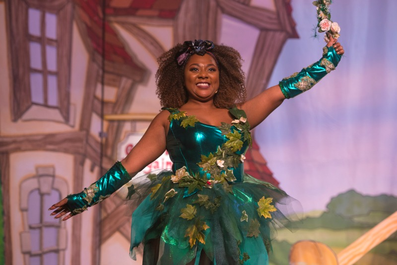 Paisley Billings (Fairy Sweet Pea) in Jack and the Beanstalk at Waddon Leisure Centre (photo James Spicer)